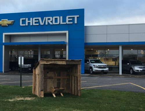 Illinois Chevy Dealership Hosts The Manger Build!